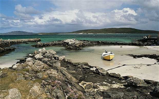 pictures of the outer hebrides | The ancient Polochar standing stone on South Uist, looking across to ...