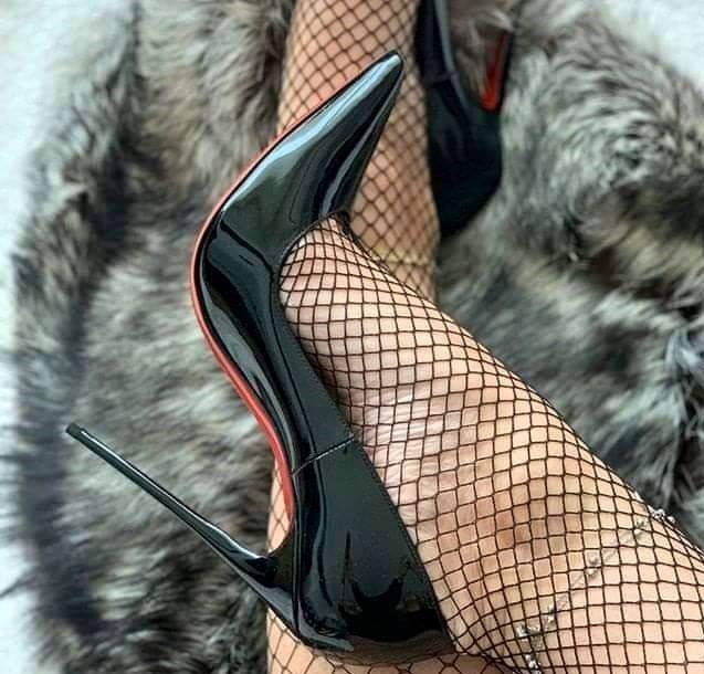 Walk in extreme high heels Sexy-Lena - Feet9