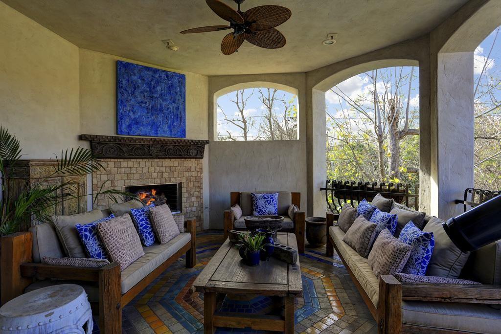 8854 Stable Lane, Houston TX 77024 - HAR Backyard Ideas