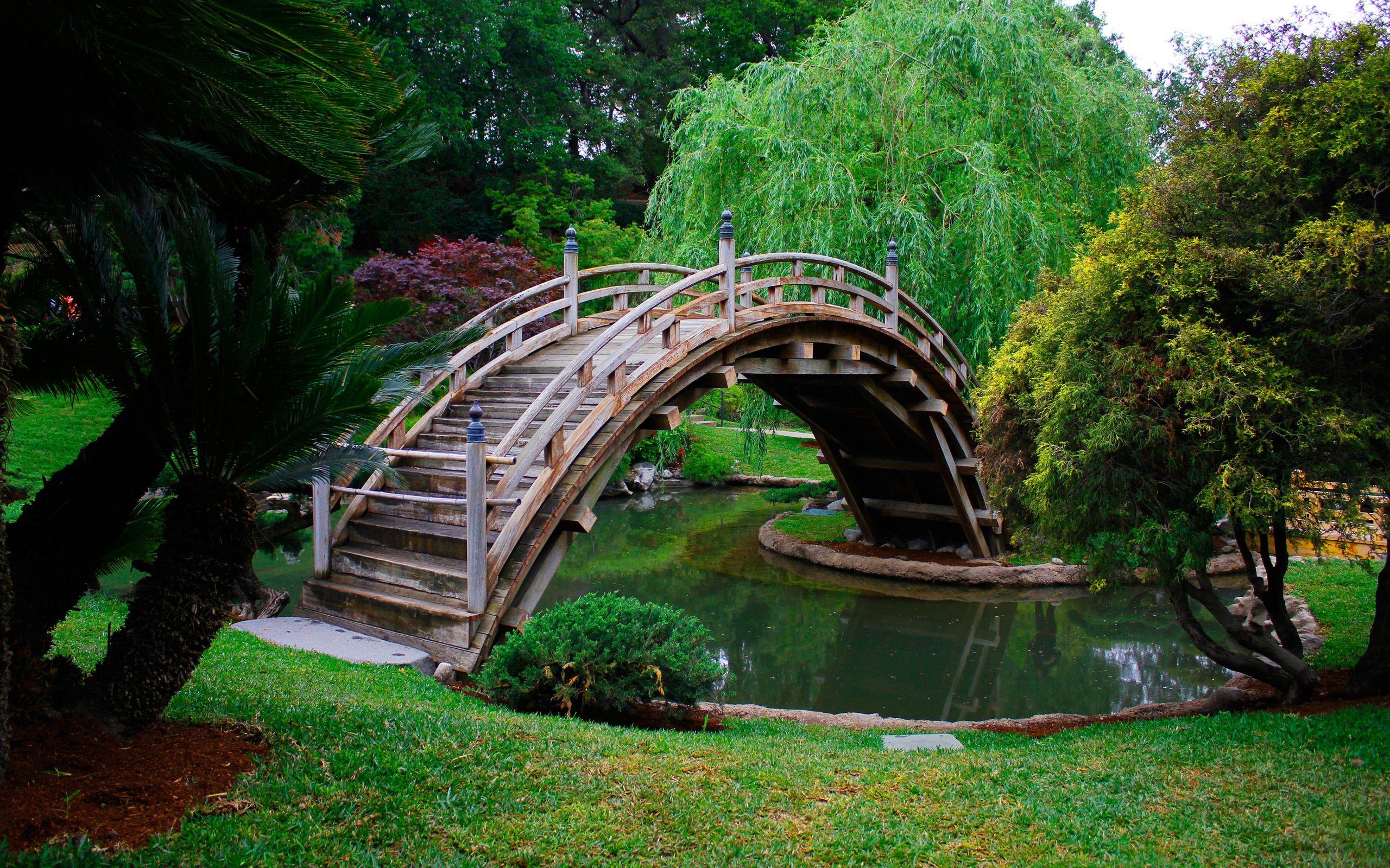 Imagenes paisajes hermosos del mundo con puentes for Jardines murales