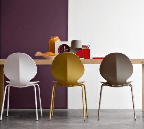 Calligaris Basil Dining Chairs With Straight Legs Contemporary Dining Chairs Chairs Contemporary Furnitur With Images Calligaris Furniture Contemporary Dining Chairs