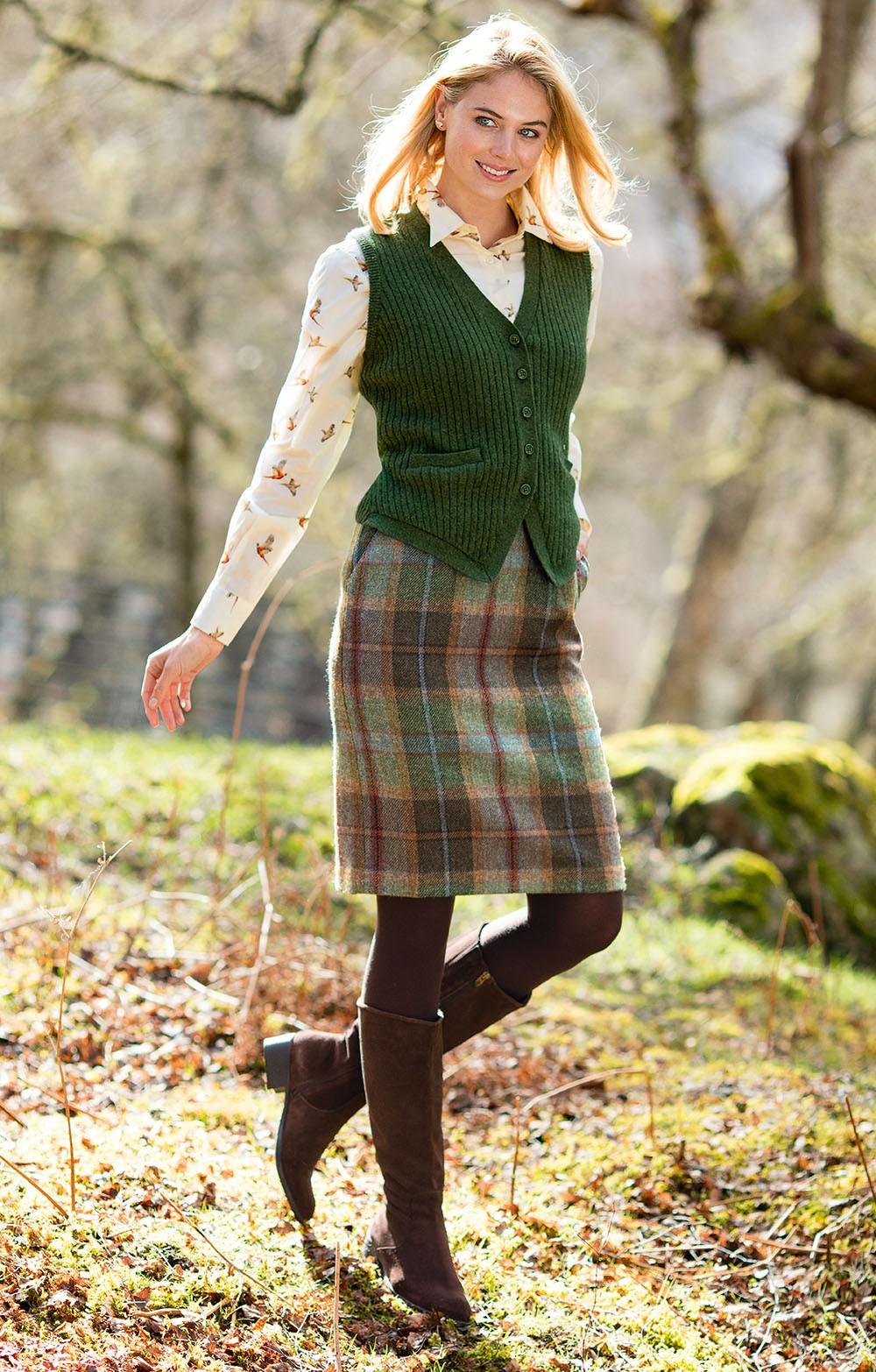 ladies classic tweed  skirt