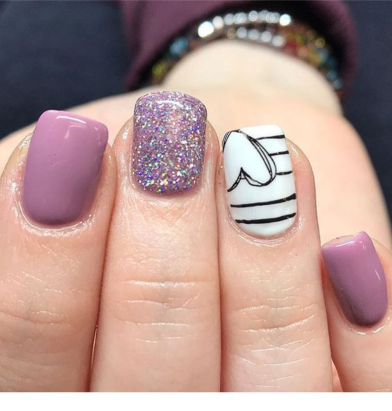 Cute Light Purple Nails Design With Heart Heart Nail Designs Valentines Nails Toe Nails