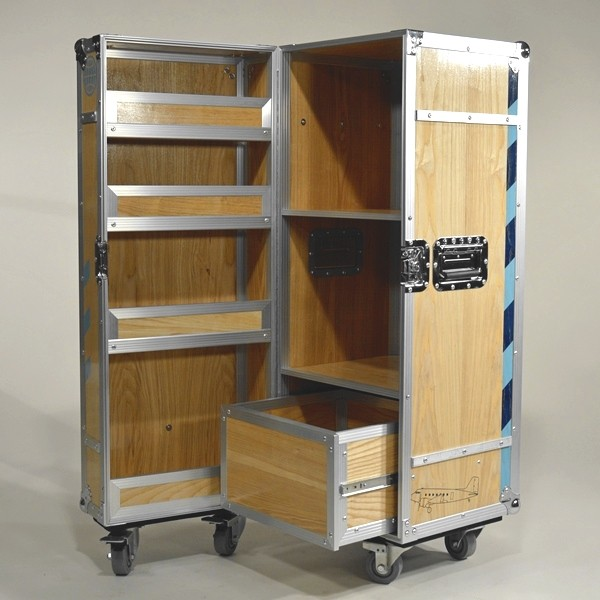Tempelhof Rollcontainer Thf Design Flightcase Mit Holz Und Alu Zum Abheben Multicase Wood Tempelhof Flightcase Design S In 2020 Schliessfacher Mobile Mobel Design