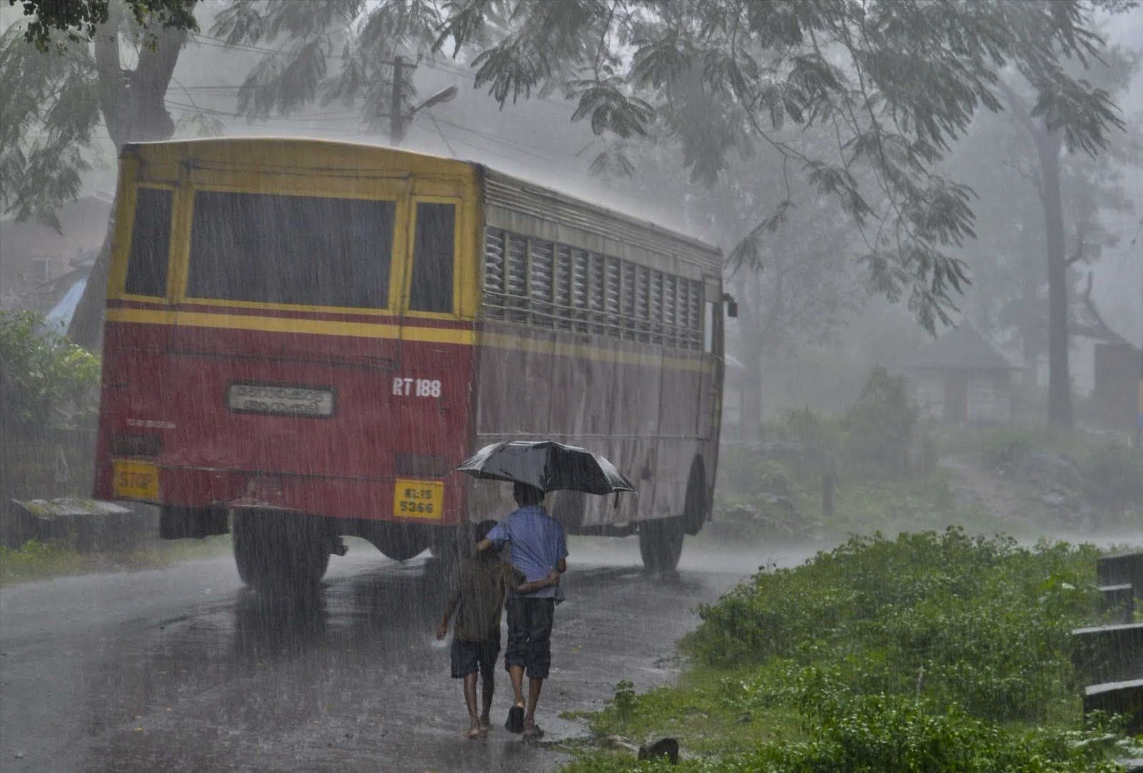 Ksrtc Bus In Rain With Images Rainy Day Images Rain Kerala