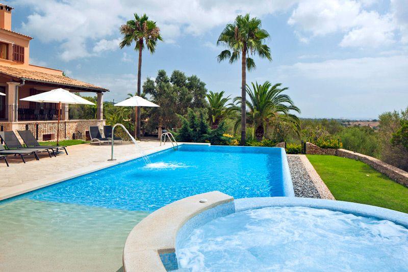 Finca Meyra Bei Son Carrio Auf Mallorca Mit Pool Ferienhaus