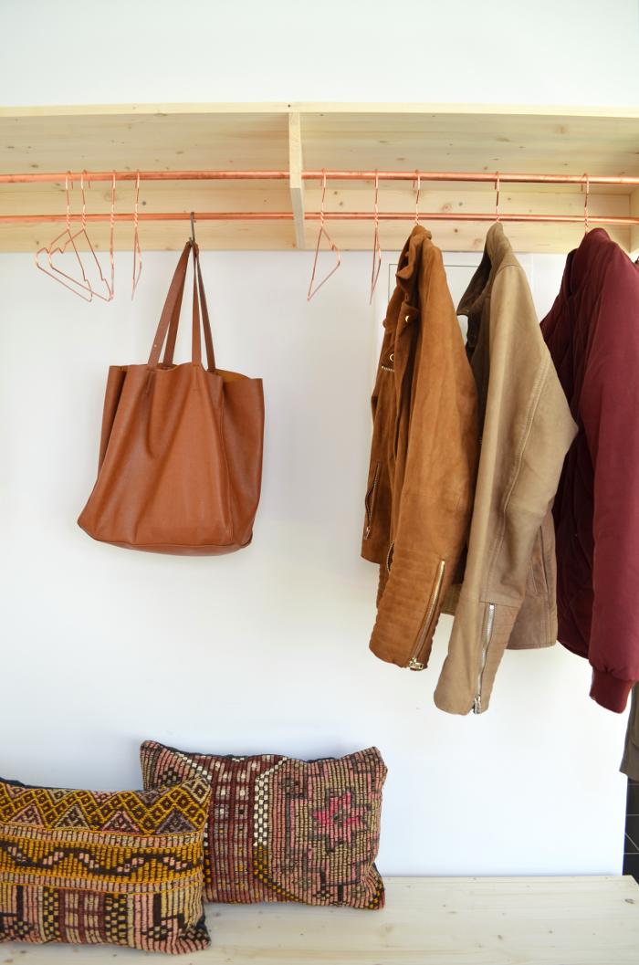 make it boho : diy | holz & kupfer garderobe und schuhbank | ideen, Innenarchitektur ideen