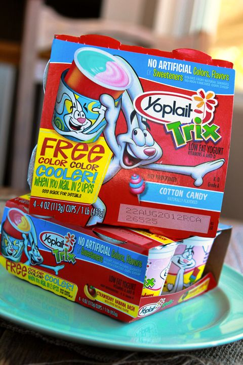 YOPLAIT TRIX Frozen Yogurt Bites...you can use just about any yogurt. My kiddos are going to love me! <3