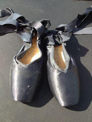 Black Grishko Vaganova I have black pointe shoes lol