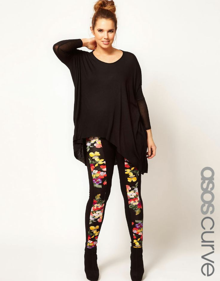 8bfadf6752 Plus size outfits with leggings can often be a staple piece in any woman  with a little extra weight on her sides wardrobe