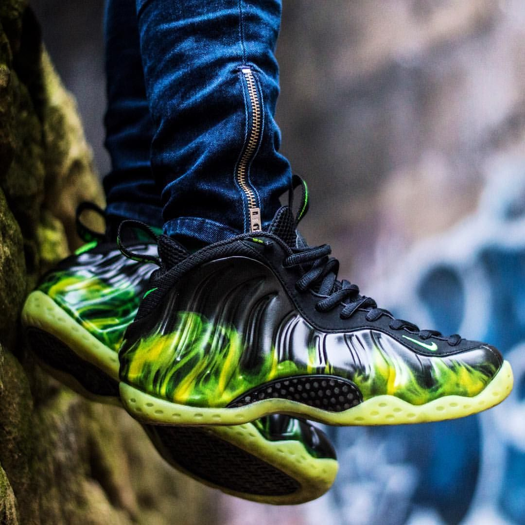 new product 81d4e d02d6 ... store nike air foamposite pro green flames 8bc62 2c1aa ...