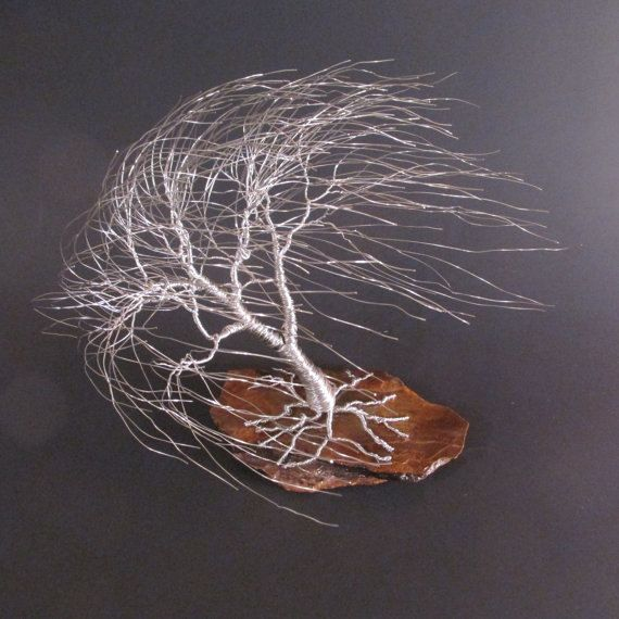 Wire Tree Sculpture of Windswept Willow | Baum Skulptur, Draht und Baum