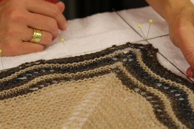 Knits Workshop Blocking Knits With Anne Hanson Video Download