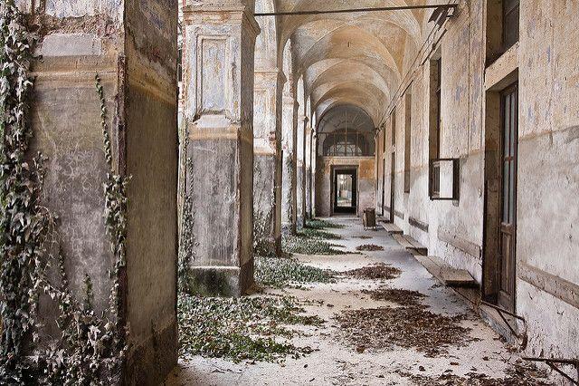Abandoned psychatric | Alex Vetri | Flickr