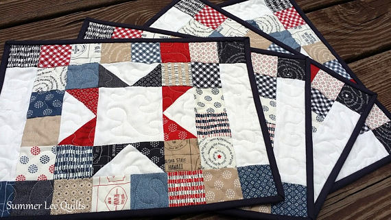 Fabric Placemats 4 Placemats Red White And Blue Placemats Etsy Blue Placemats Place Mats Quilted Fabric Placemats