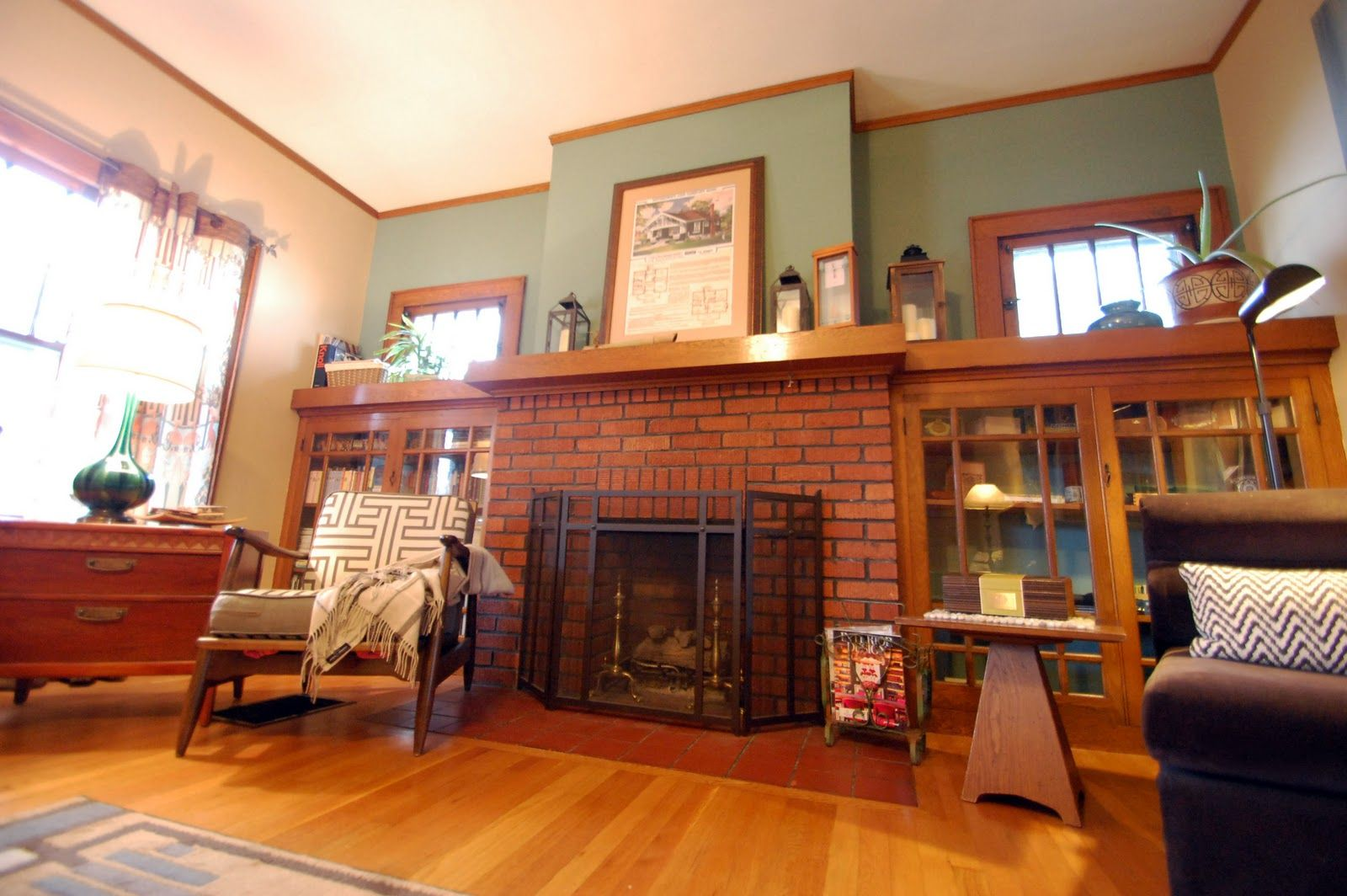 Living Room Decorating Ideas With Red Brick Fireplace ...