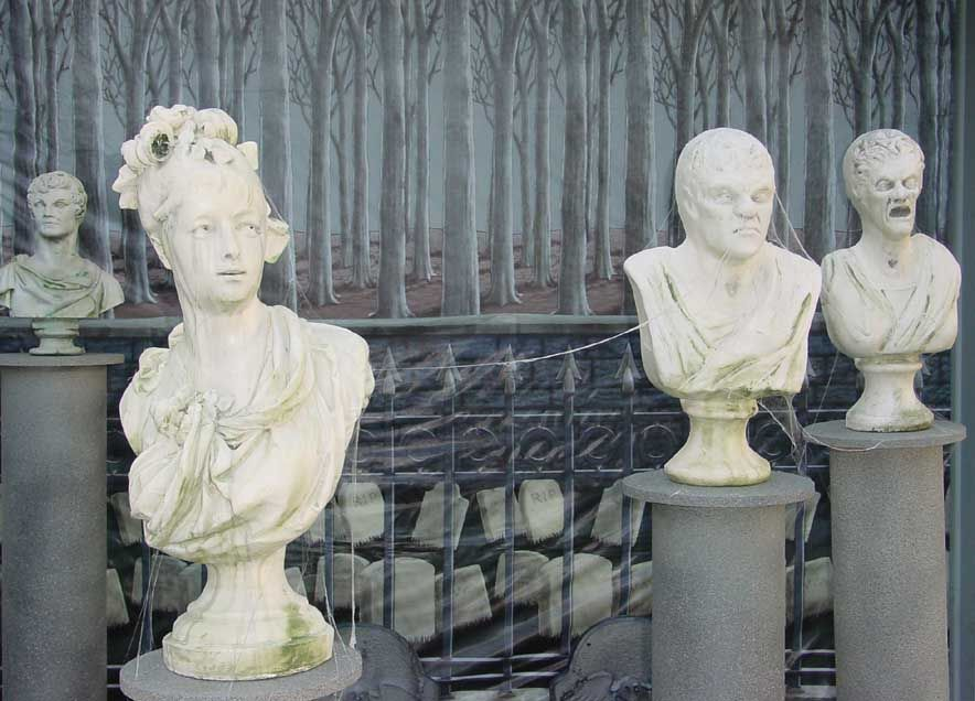 Haunted Bust Statues and pillars A video how-to from Nathan Bartos - halloween statues