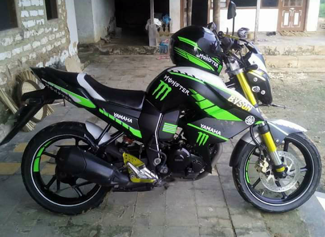Modifikasi Yamaha Byson Warna Hitam Hijau Monster Energy Monster Energy Street Fighter Monster
