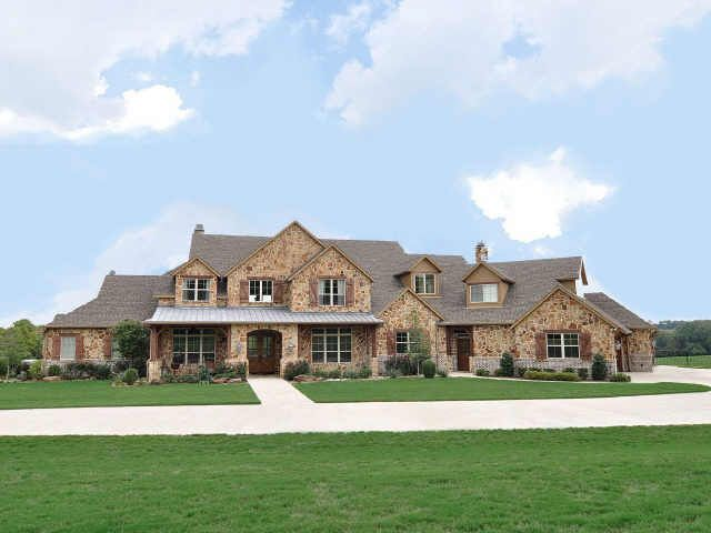 Celebrity Homes Texas Styled Ranch Home On 25 Acres In Mckinney Texas Style Homes Luxury Ranch Ranch House Exterior
