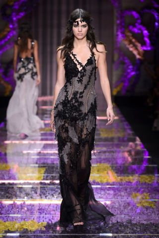 The haute couture runway looks for fall 2015: Versace.