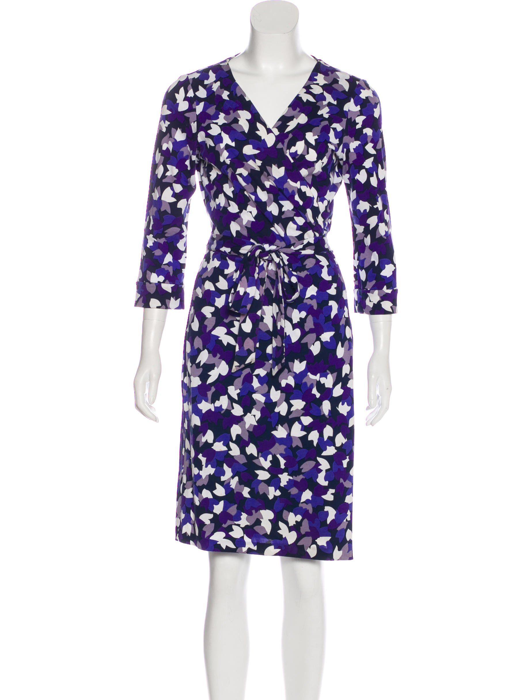 Blue Purple And White Diane Von Furstenberg Wrap Dress With Pattern Throughout And Sash Tie Clos Wrap Dress Purple Wrap Dress Diane Von Furstenberg Wrap Dress [ 2433 x 1844 Pixel ]