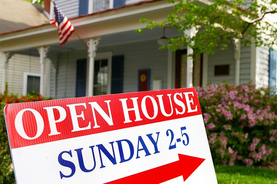 New real estate agents often wonder where to start with lead generation.  There are a number of different ways to do this, but one venue to consider is open houses!   www.TheNewAgentBlog.com #ROC #realestate #realtor #BestofROC #career #kw #thenewagentblog