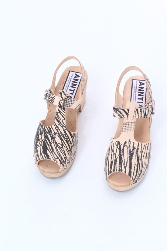 e450cb42e6b Anntian Clogs : ultimate summer shoes Sommer Sko, Mode Kvinder, Modesko,  Sko,