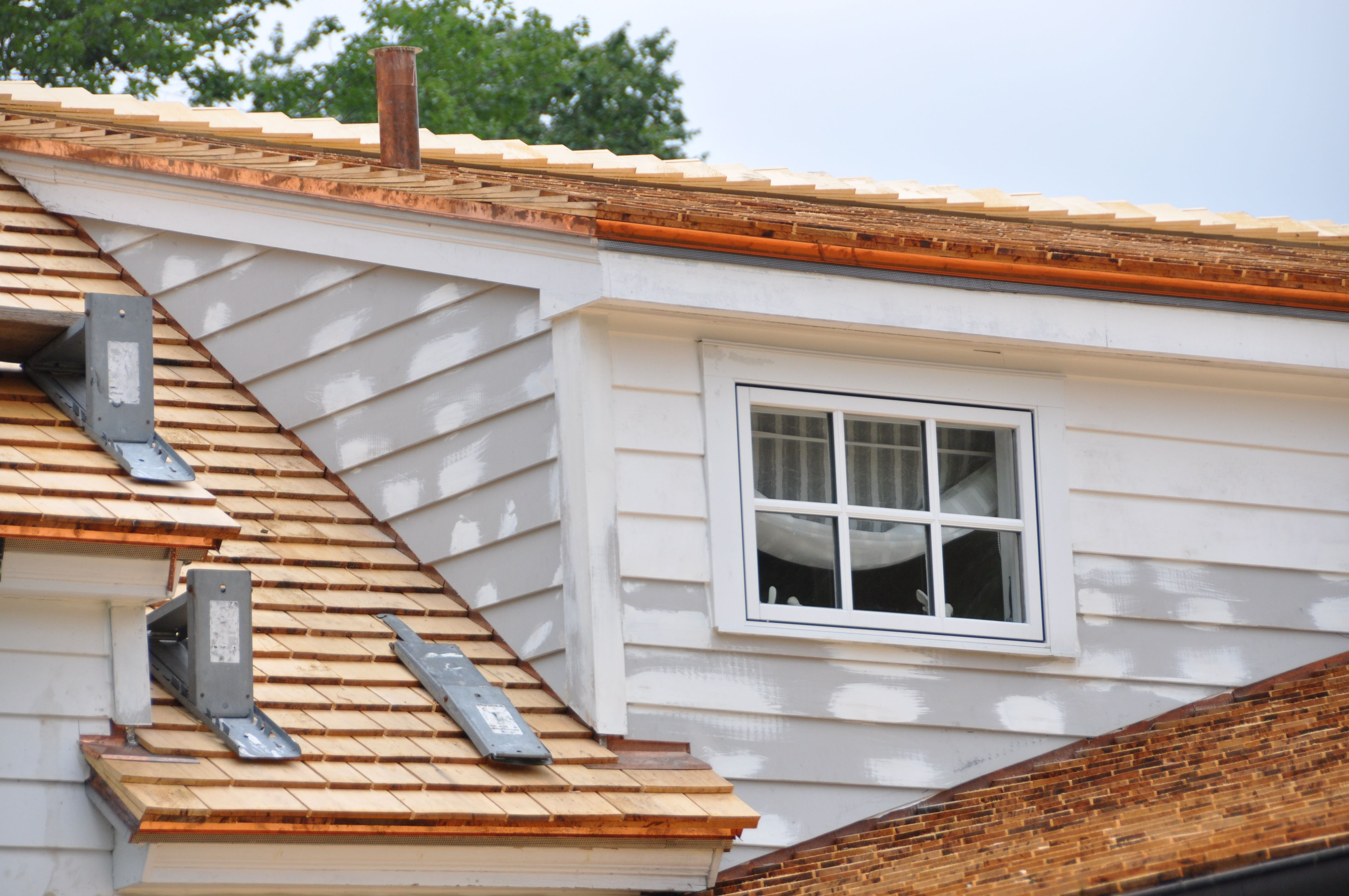 Cedar Shake Roof 7 Frequently Asked Questions And Answers Verrone Roofing Cedar Shake Roof Copper House Cedar Shakes