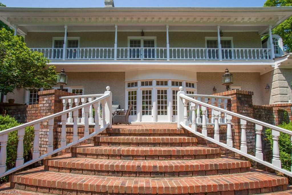 2800 lake forest dr greensboro nc 27408 zillow lake