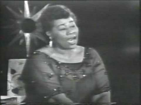 Ella Jane Fitzgerald (Newport News, 25 de abril de 1917 - Beverly Hills, 15 de junio de 1996),  y apodada Lady Ella y The First Lady of Song, fue una cantante estadounidense de jazz. No obstante, su repertorio musical es amplísimo e incluye swing, blues, bossa nova, samba, gospel, calypso, canciones navideñas, pop, etc.  Junto con Billie Holiday...