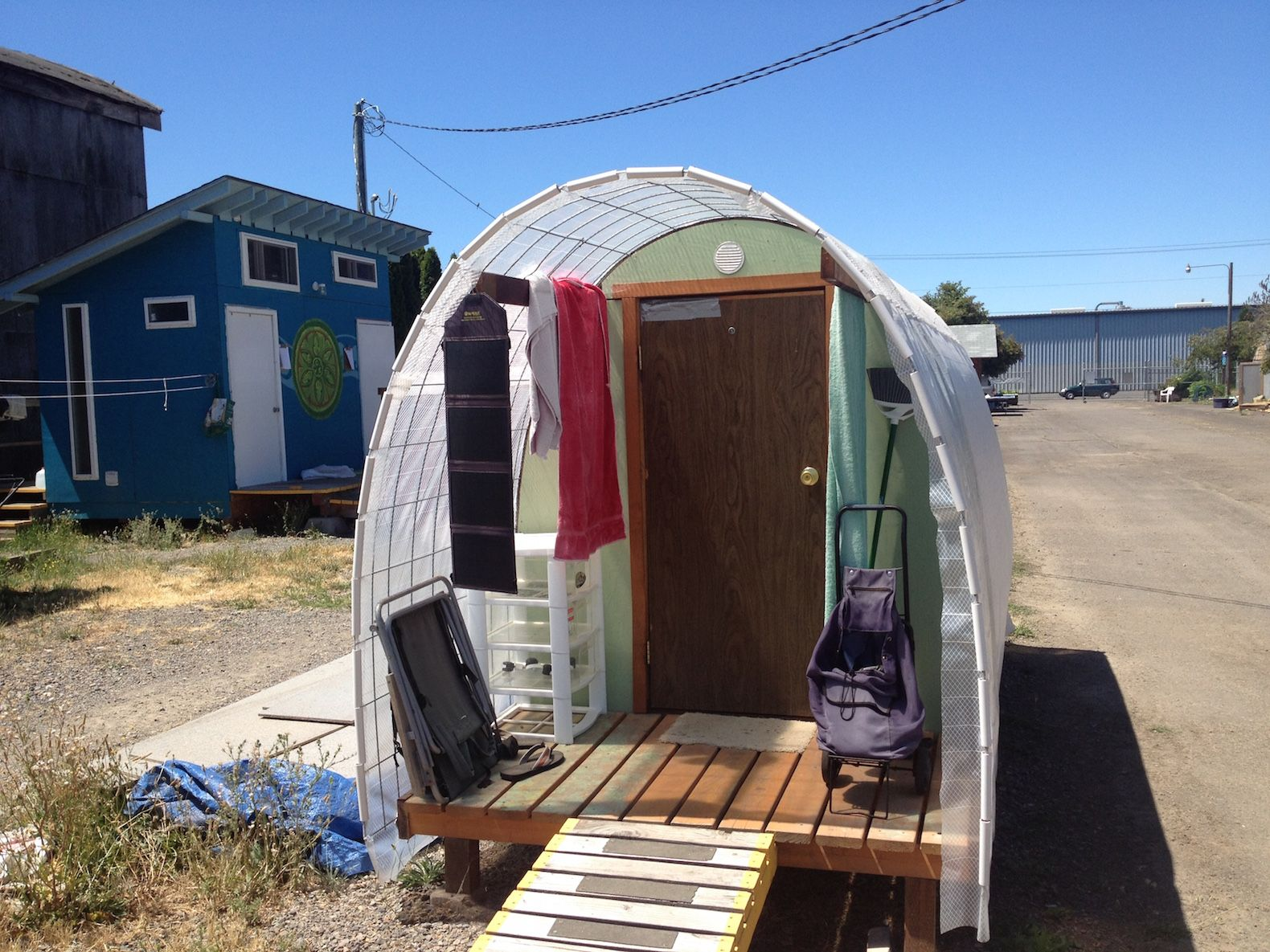 Tiny house village for the homeless goes solar in Oregon Tiny