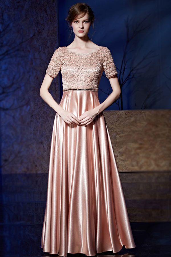 Robe de soirée rose glamour à haut travaillé