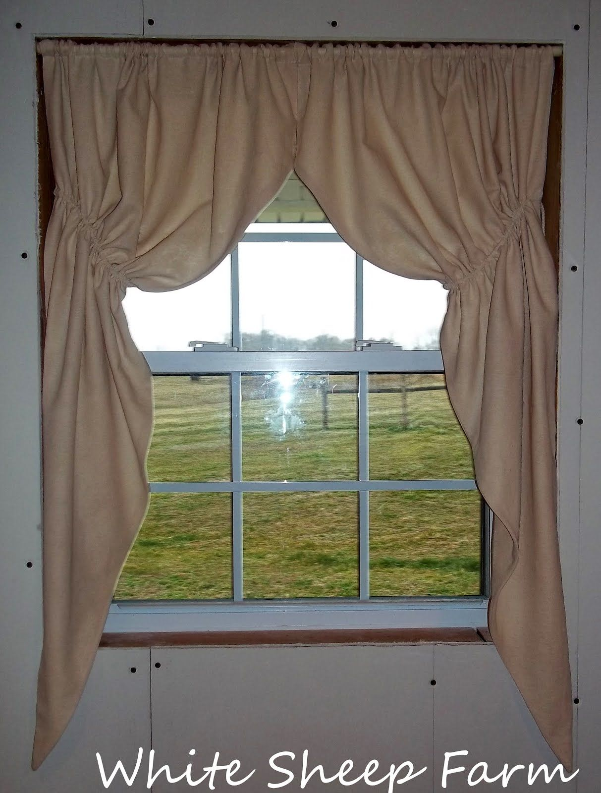 Primitive Prairie Curtain Tutorial My Way