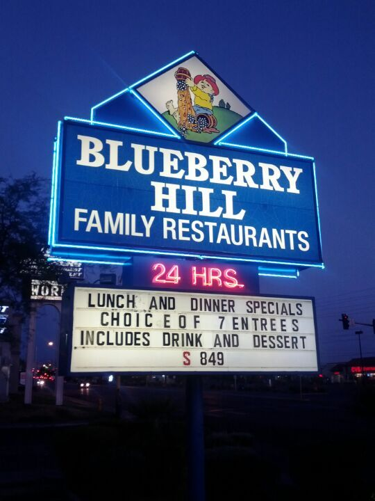 Blueberry Hill Family Restaurant In Las Vegas Nv Eat Here Every Time We Come