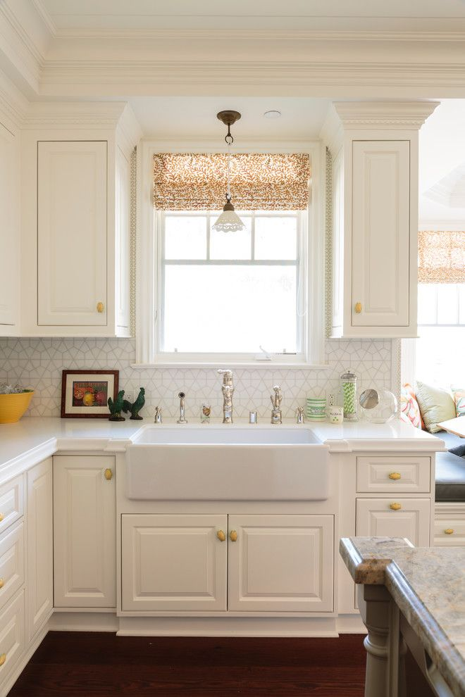pedestal sink with backsplash kitchen island hardwood floor panel ...