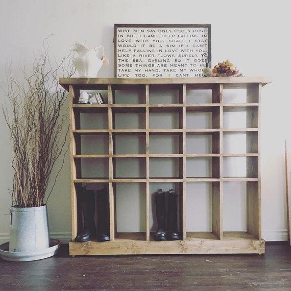 chaussure personnalis e cubby tag res en palettes pinterest maison amenagement maison et. Black Bedroom Furniture Sets. Home Design Ideas
