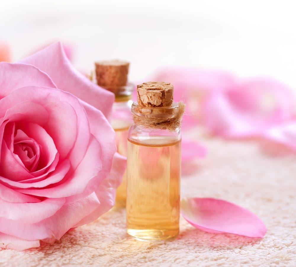 Come Fare Acqua Di Rose In Casa L Acqua Di Rose E Un Tonico