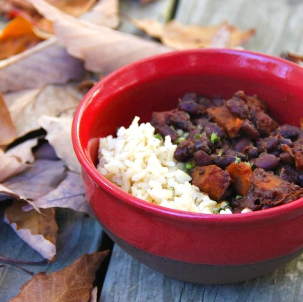 Sweet and Spicy Black Beans and Rice   Respect the habanero.