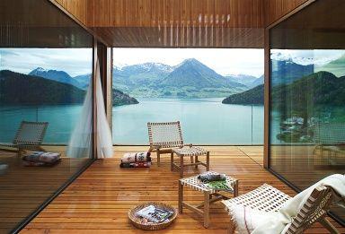 ღღ Terrasse mit inszenierter Aussicht - Vierwaldstättersee, Schweiz