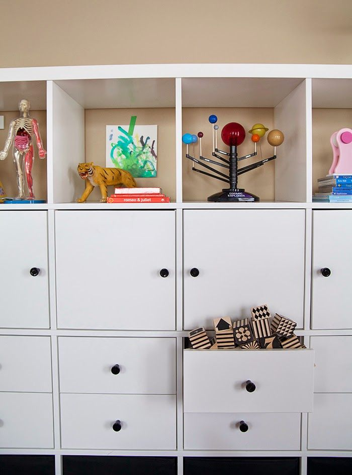 Quick And Convertible Toy Storage