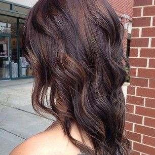 Complimentary Light Copper Chestnut Brown Highlights Brunette Hair Color Hair Styles Hair Color Dark