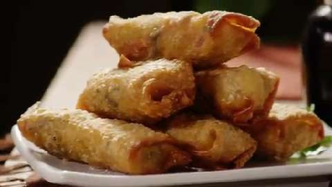 Authentic chinese egg rolls video recepies pinterest chinese authentic chinese egg rolls video forumfinder Choice Image