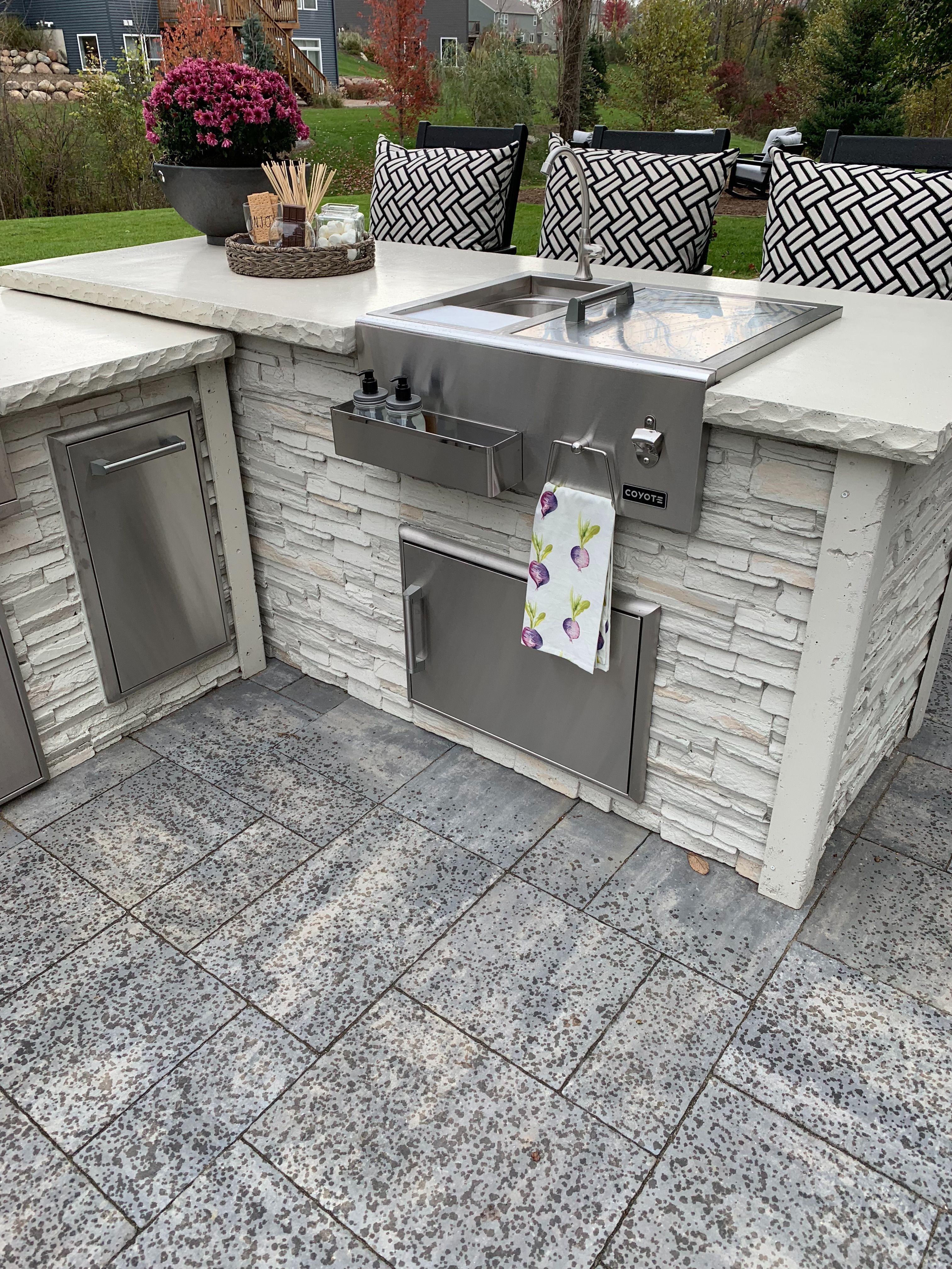 Home Coyote Outdoor Living Luxury Outdoor Kitchen Backyard Outdoor Kitchen