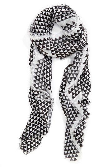 lightbox piece good scarf / vince camuto