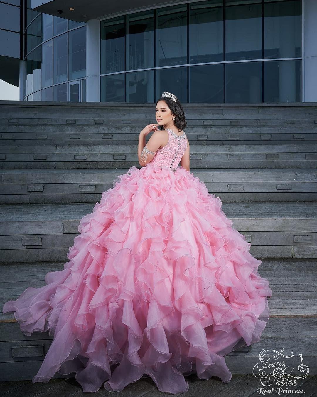 4ffca0c35 Vestidos Quinceañera en Instagram