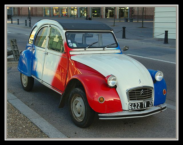 359 old french citroen car 2cv  u7ecf u5178 u6c7d u8f66 u96ea u94c1 u9f992 u7b80 u5386 france voiture