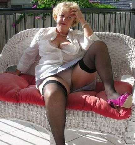 Third upskirt milf with no panties