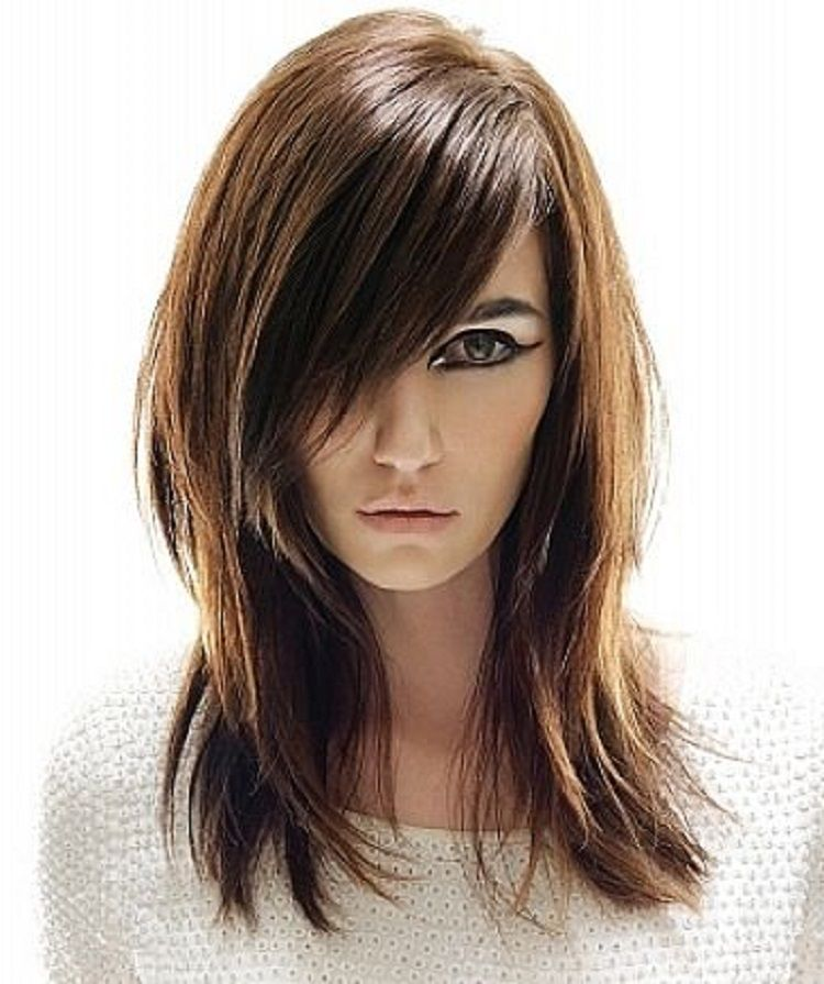 Long Straight Layered Hairstyles For Round Face With Side Bangs