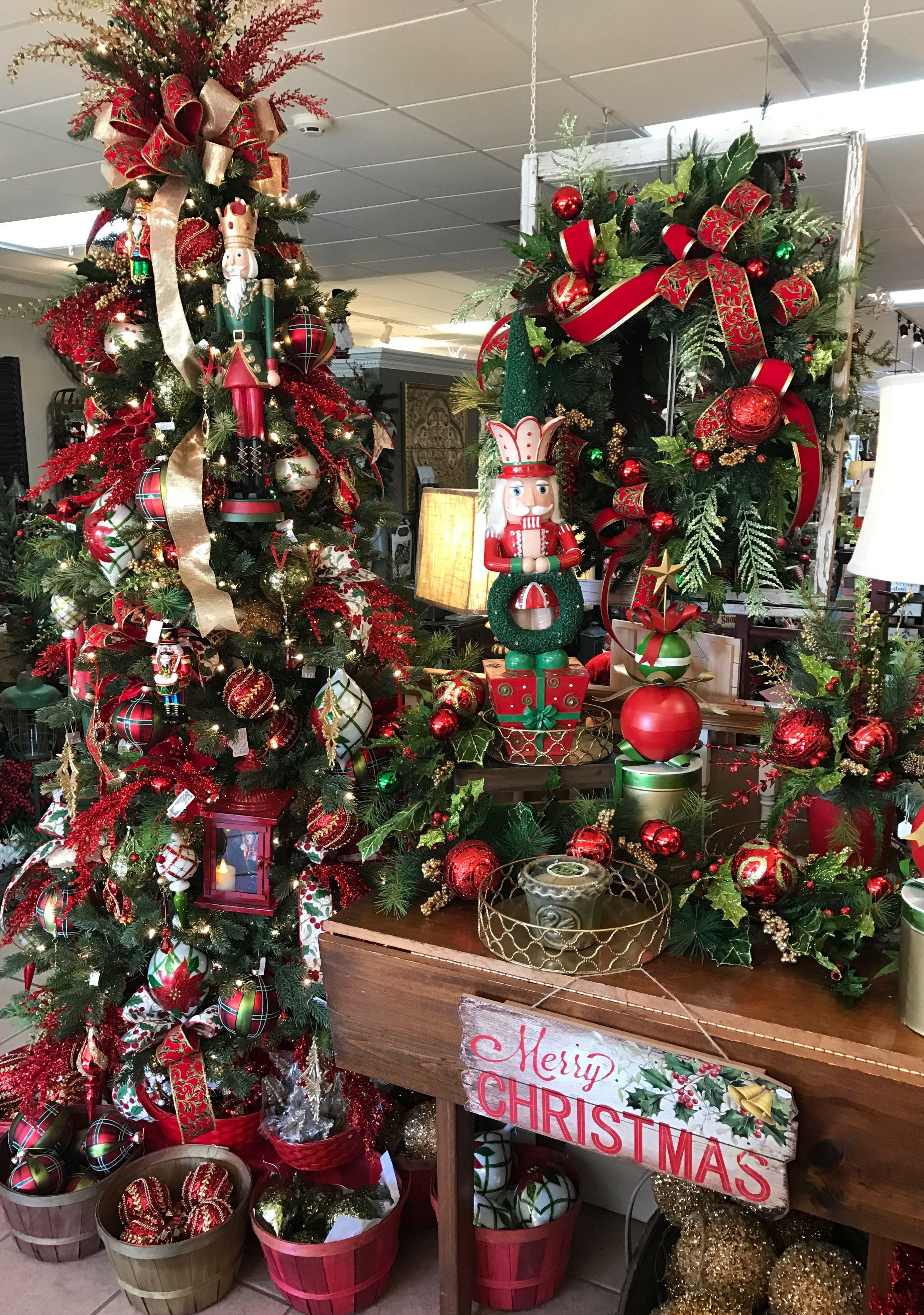 Nutcracker Christmas tree | Christmas Tree Decorations | Pinterest ...