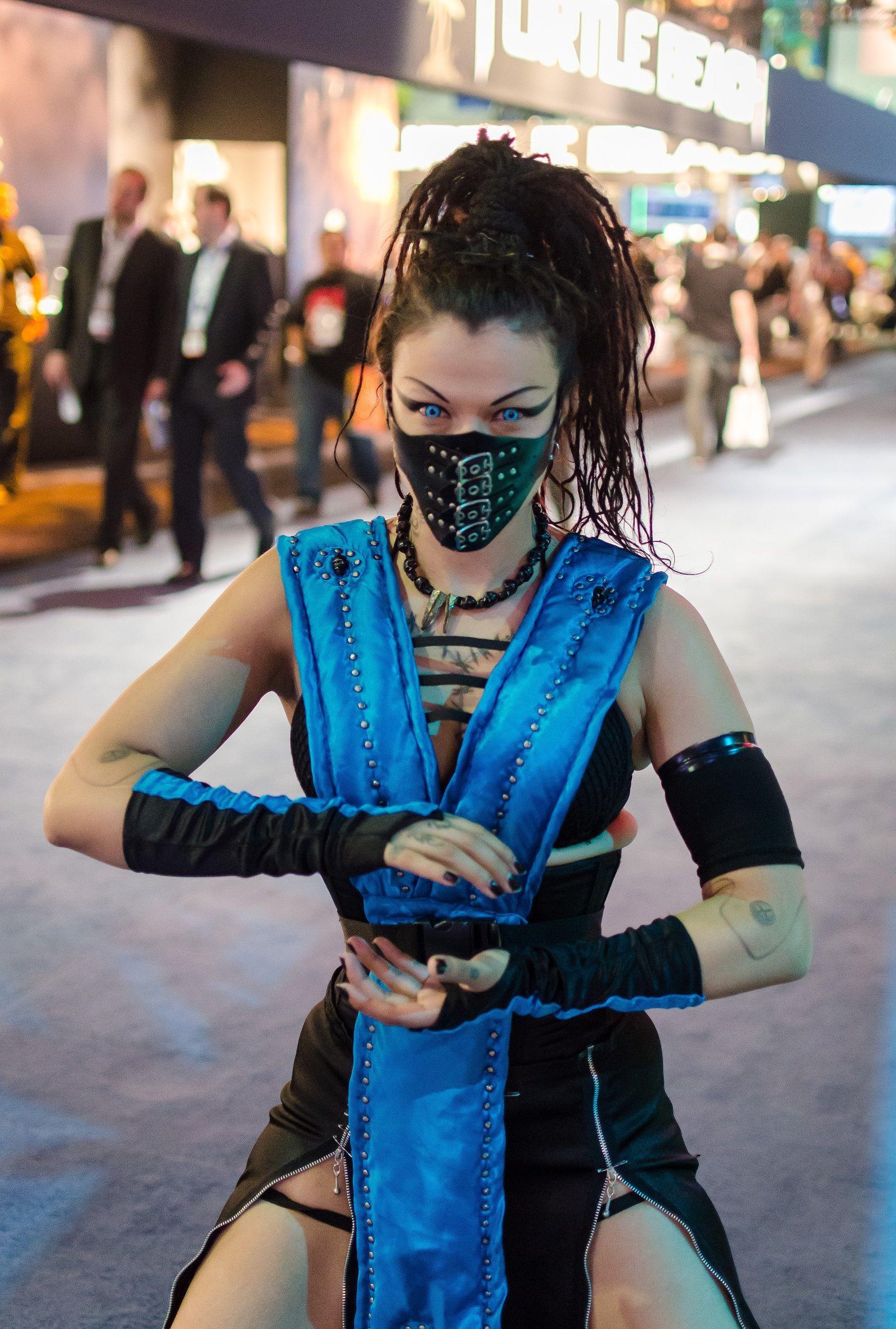 girl costumes kombat Mortal
